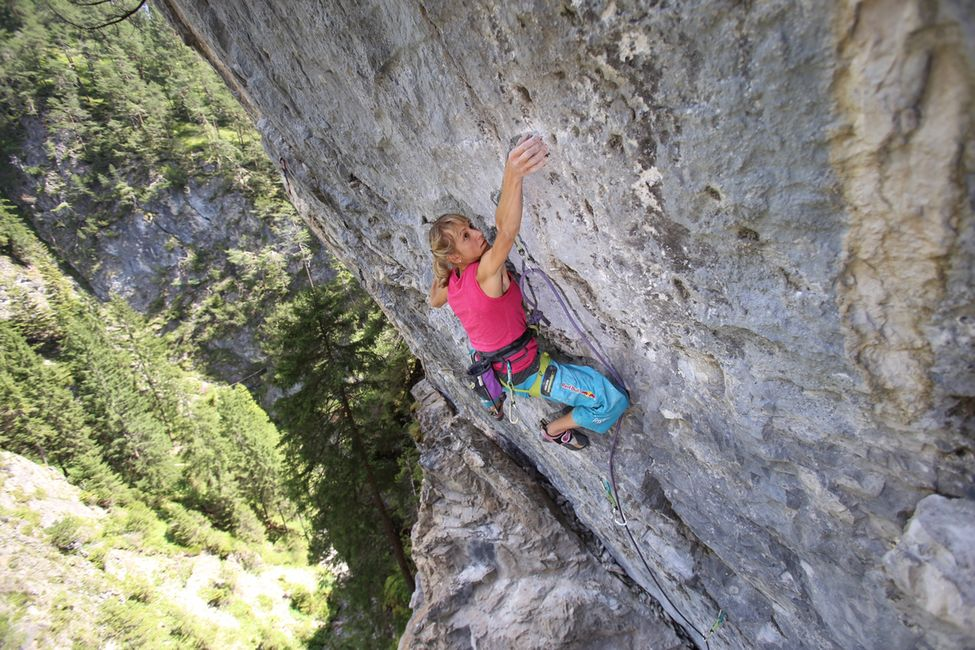 Angy Climbing Game Over 8c In Hahntennjoch